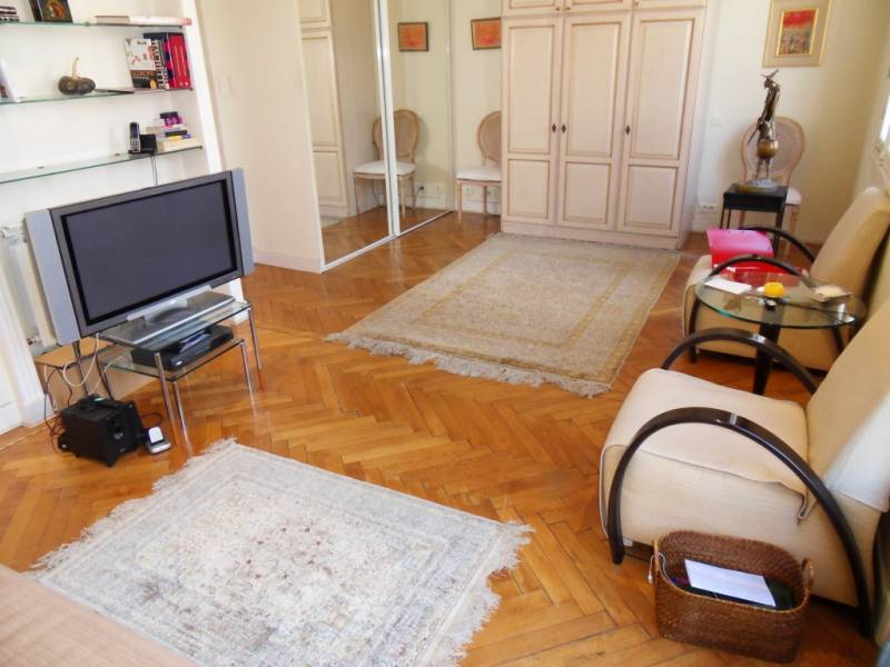appartement 2 pi ces nice musiciens vente a terme libre. Black Bedroom Furniture Sets. Home Design Ideas