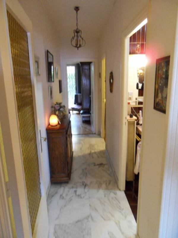 appartement 4 pi ces nice mont boron vente en viager. Black Bedroom Furniture Sets. Home Design Ideas