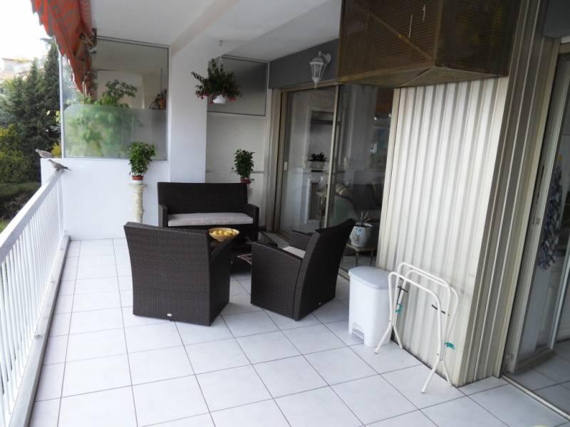 appartement 2 pi ces nice nord vente en viager occupe. Black Bedroom Furniture Sets. Home Design Ideas