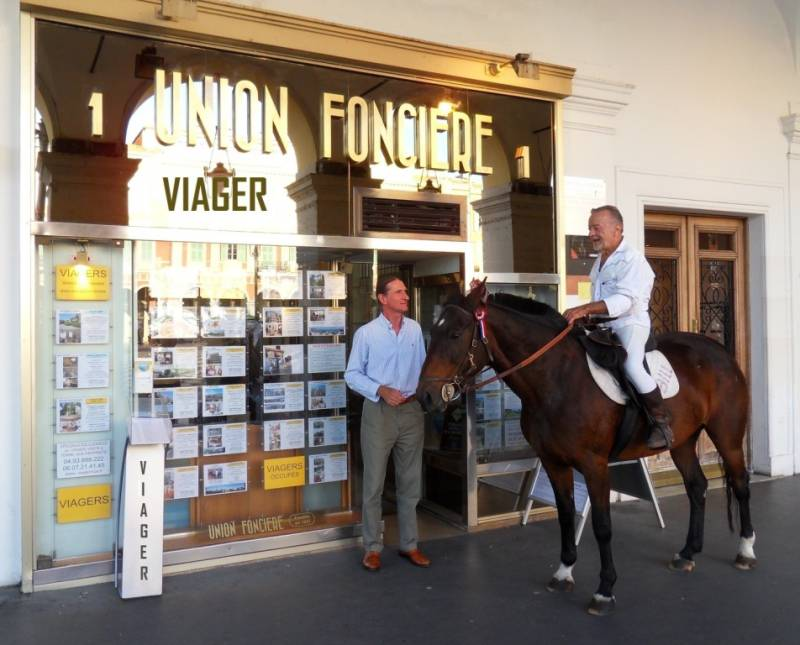 Viager Union Fonciere 1 place Mass�na � NICE